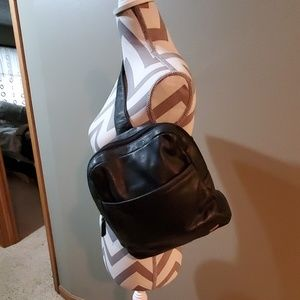 Dockers backpack style leather purse EUC